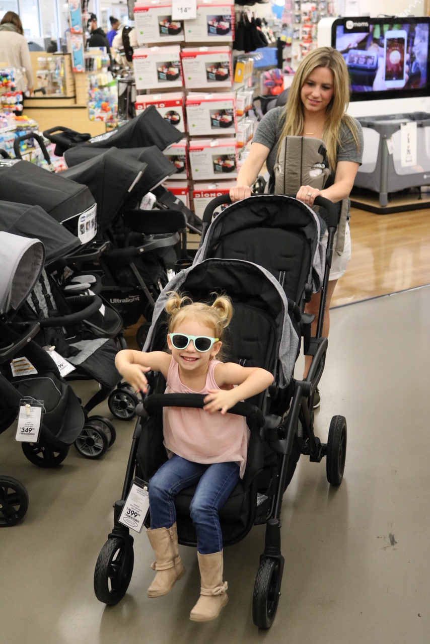 How To Buy The Best Double Stroller - Check out my top reasons why. (Contours)