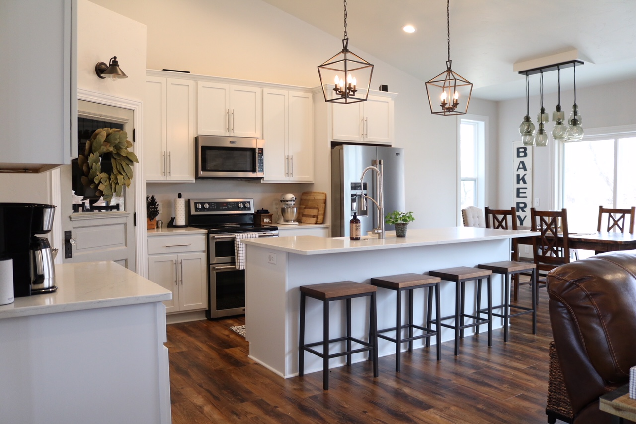 Modern Farmhouse Kitchen Reveal Sugar Maple Notes