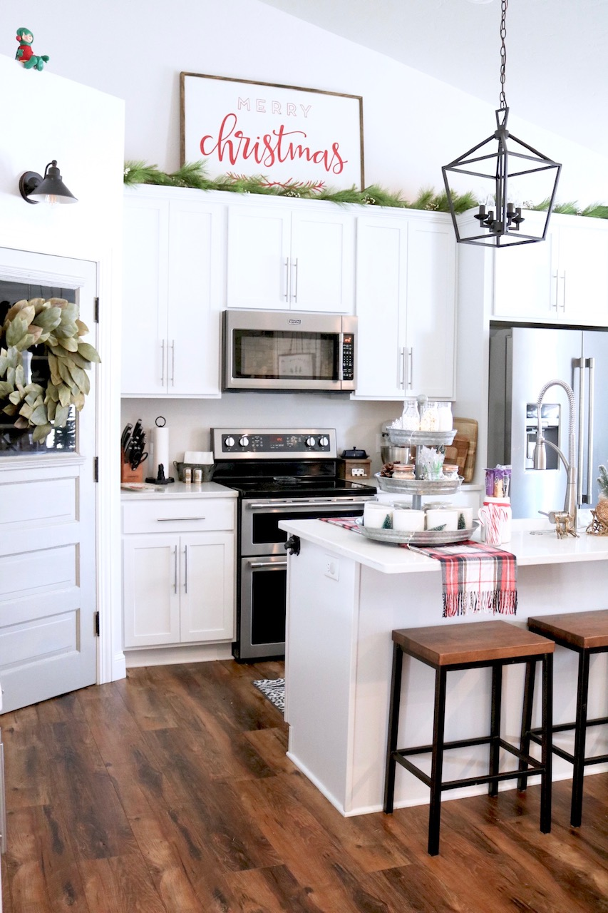 White Kitchen Christmas Decorating Ideas: A Lifestyle Blog About Home, Family