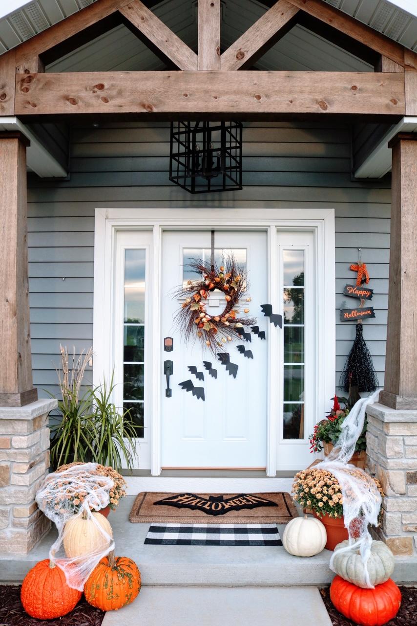 Halloween-Decor-Front-Porch-Tuesday-Morning - SUGAR MAPLE notes
